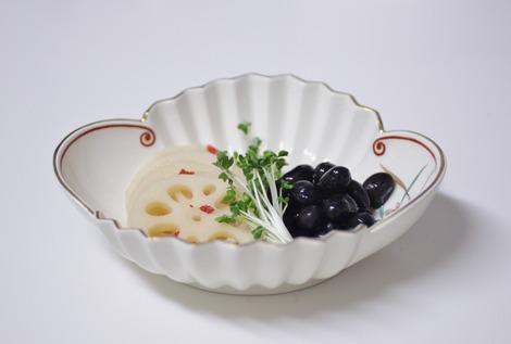 酢蓮根と黒豆