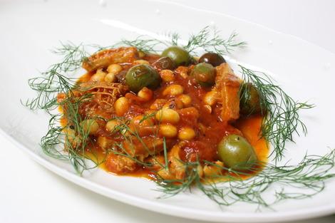 トリップとオリーヴのトマト風味