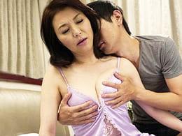【初撮り熟女】お上品な四十路主婦が5年ぶりのセックスで朦朧イキ! 植木緑俚 44歳