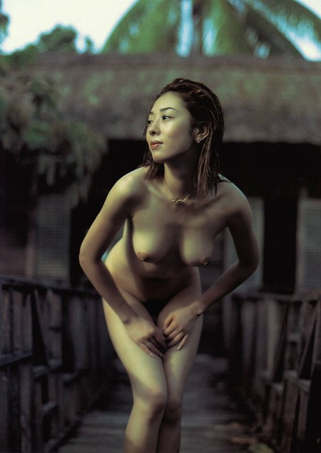 chiharu_komatsu_rustic_nudes_02