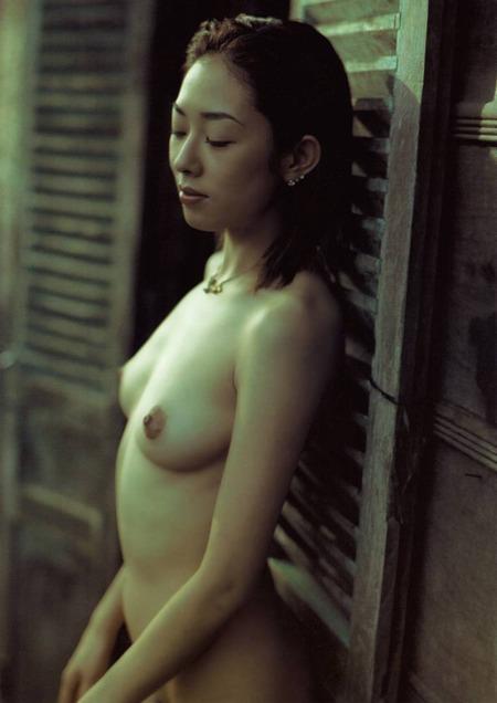 chiharu_komatsu_rustic_nudes_05