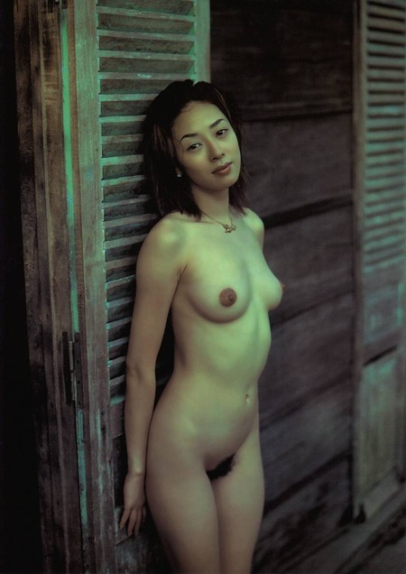 chiharu_komatsu_rustic_nudes_01