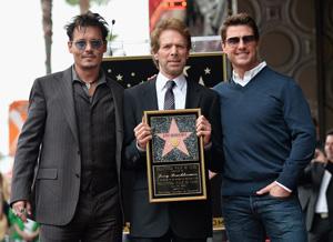 ジョニー・デップ、トム・クルーズが恩人Pの殿堂入りを祝福!