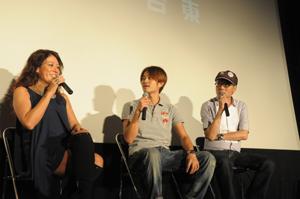 「がんばれ、アメコメ!!したコメ×アメコメ」ゲストのLiLiCo(左)、斉藤(中央)、いとう