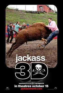 シリーズ3作目にして、初の3Dとなった映画『ジャッカス3D』のポスター