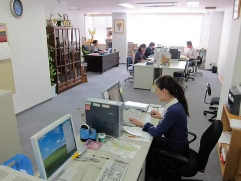 めんこい新東京事務所3