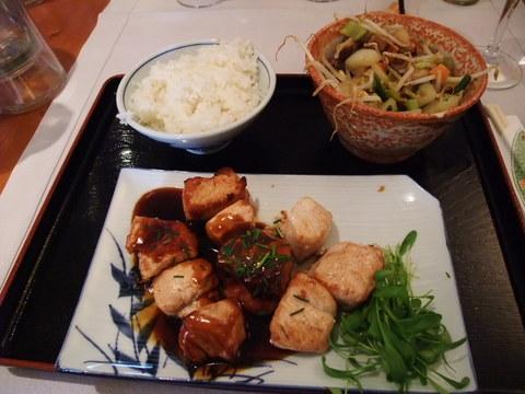 チキンテリヤキ定食inベルギー