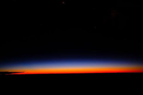 001南米アマゾン上空夜明け前