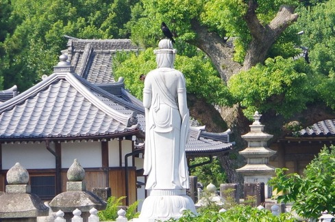 聖福寺の像