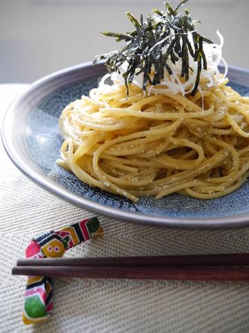 美味しそうなたらこと海苔の佃煮のパスタ・スパゲッティー