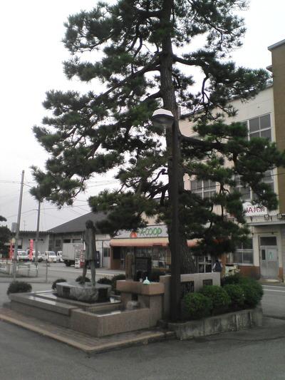 01.生地駅前
