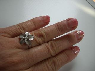 12 左手ネイル+プルメリアの指輪
