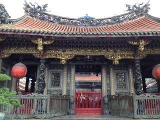 15 龍山寺