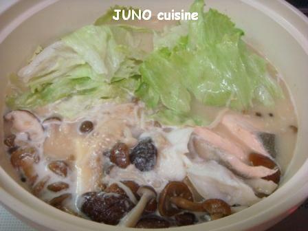 ☆秋鮭とキノコの鍋☆