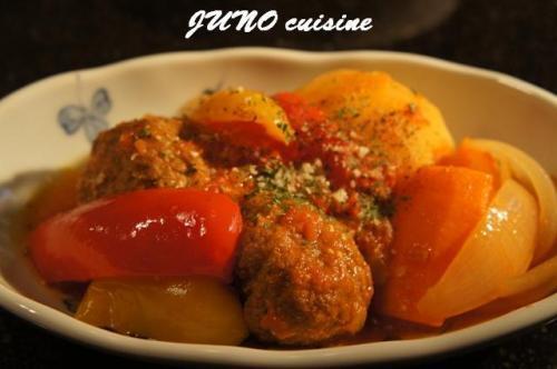 ☆チーズ入りミートボールのトマト煮込み☆