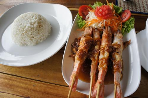 *Yummy Restaurant & East 88 Beach Lounge 【プーケット】*