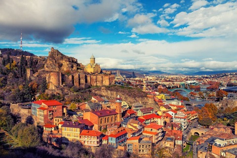 Tiflis-Panorama-Georgien[1]