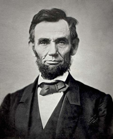 1200px-Abraham_Lincoln_November_1863[1]