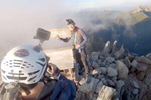 槍ヶ岳山頂(標高3180m)で地震に遭遇してしまった登山客たちの動画が話題に。