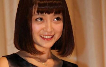 adachi-yumi-01