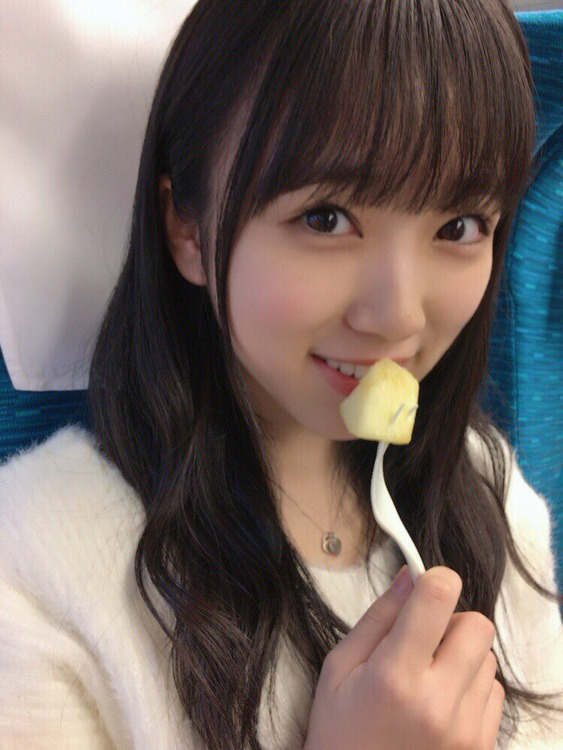 矢吹奈子の食事画像