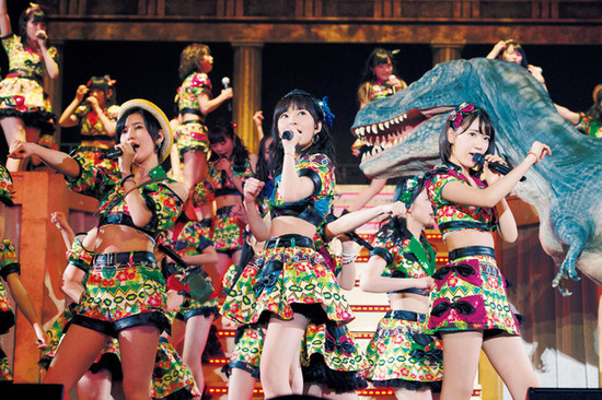 news_header_hkt48_tourdvd_book01