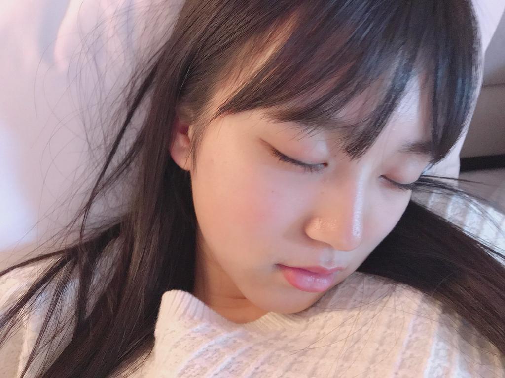 矢吹奈子の寝顔画像