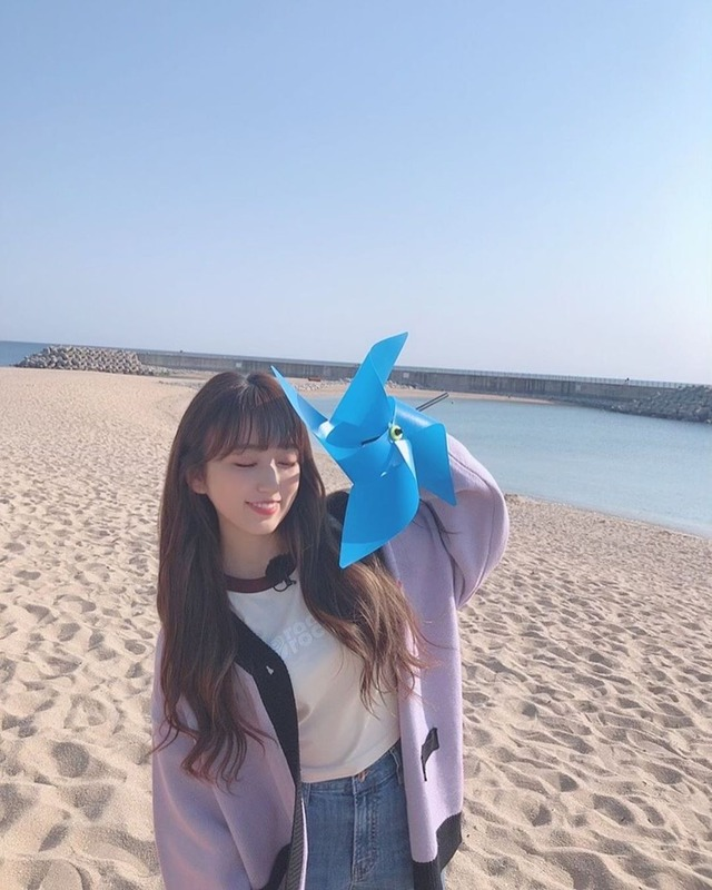 official_izone_101394528_689028858557637_1308896707094919134_n