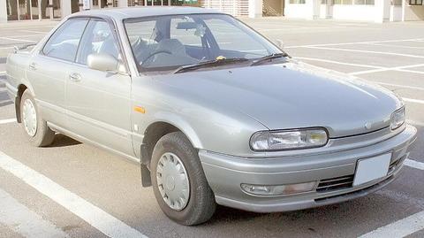 Nissan_Presea_1990