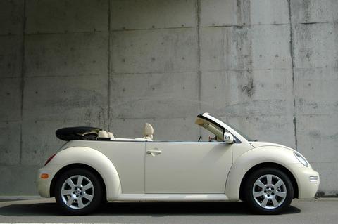 1920px-Newbeetlecabriolet