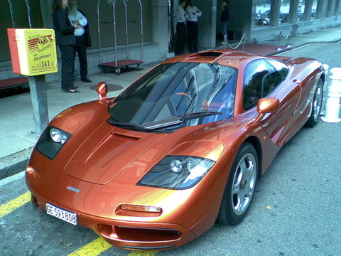 McLaren_F1_in_Geneva,_Switzerland