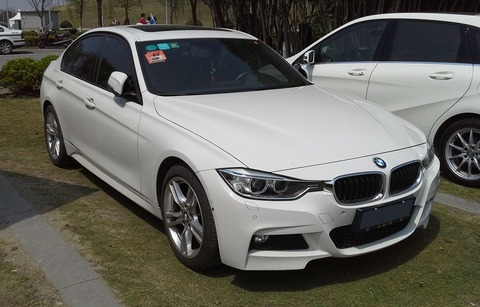 1280px-BMW_3-Series_F30_China_2015-04-12