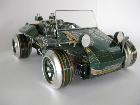 handmade_model_cars_built_with_recycled_cans_1