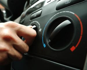 車のエアコンの臭い%u3000酸っぱい-300x244