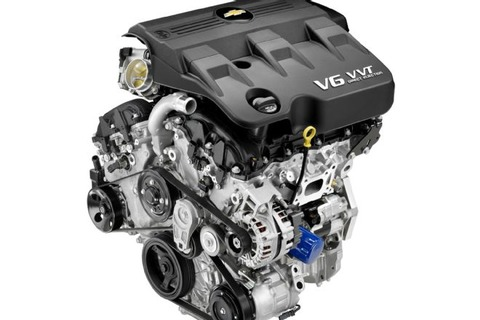 2013-chevrolet-equinox-engine-view-3