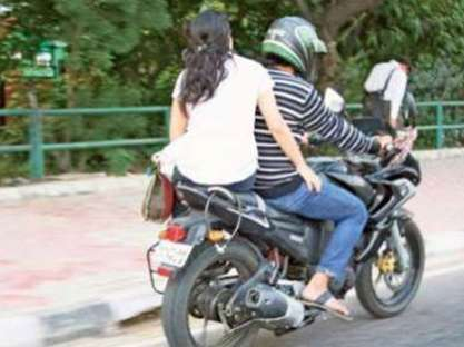 238052961-Bike-woman-pillion_6
