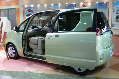Toyota_Porte_04