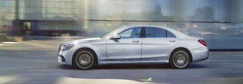 2018-S-Class-Sedan-Side-Silver-FEATURE_o