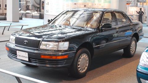 日本だって大きな車が20年前は大きなステータスだったよ