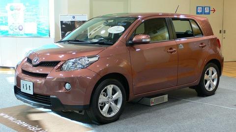 2007_Toyota_ist_01
