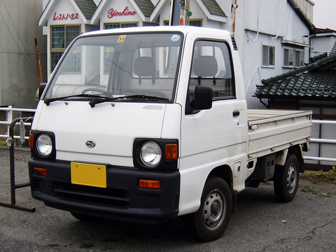 Subaru_Sambar_Truck_5th_Generation_001