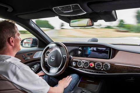 Mercedes-Benz-Autodrive