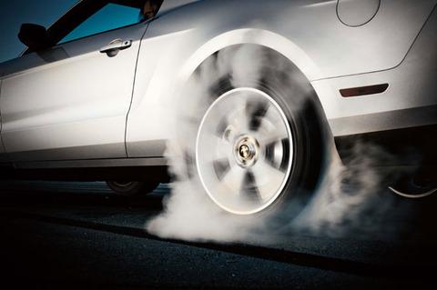 tire-burnout-wheel-burning-rubber-transmission-clutch