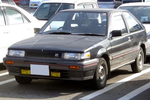 1280px-Nissan_Liberta_Villa_1986