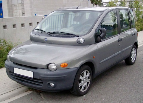 1280px-Fiat_Multipla_front_20080825
