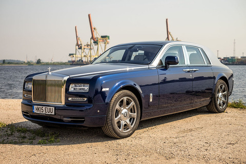 Rolls_Royce_Phantom_2015_(22719825307)