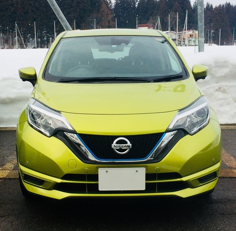 Nissan_Note_Olive_green