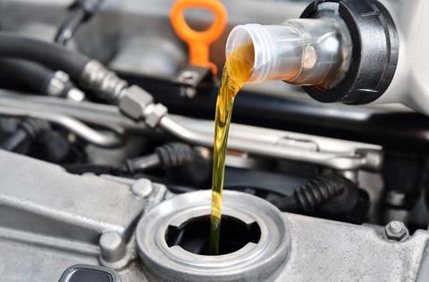oil_pour