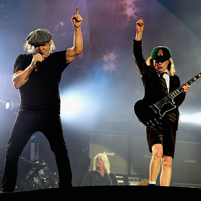 acdc-dodger-stadium-2015-billboard-650x650