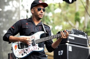 20121015-tom-morello-picture-x600-1350322041